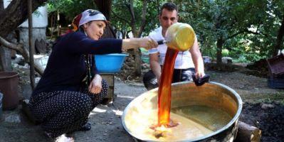 Adana'da Üzüm Pekmezi Mesaisi