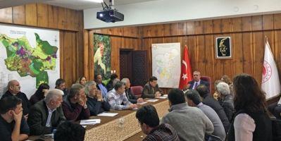 Denizli'de Kekik Ticareti Yapanlara Bilgilendirme Toplantısı Yapıldı