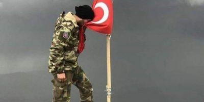 Türk Silahlı Kuvvetleri'miz Fırat'ın doğusundaki terör koridorunu yok etmek için #BarişPinarHarekati'ni başlattı.